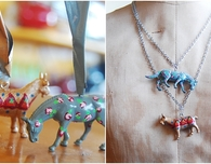 Floral Plastic Animal Pendant Necklace