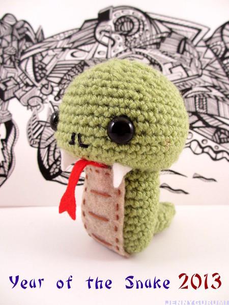 Chinese New Year Snake (Free Crochet Pattern)