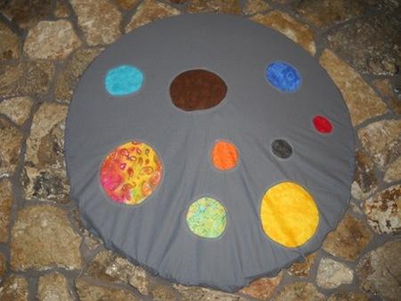 Wagon Wheel Cover Using Reverse Applique Circles