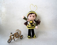 Free Amigurumi Bee Girl Pattern