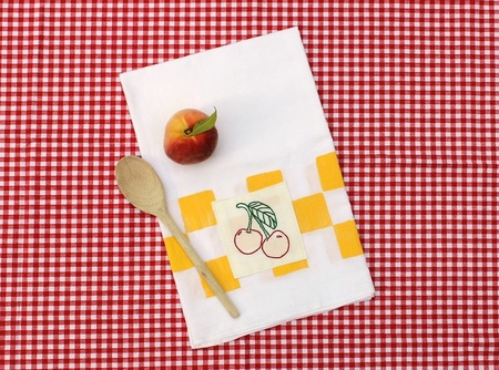 Tutorial: Hand Printed & Embroidered Tea Towel
