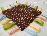 Easy Baby Tag Blanket
