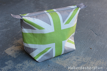 Union Jack Cosmetic Case