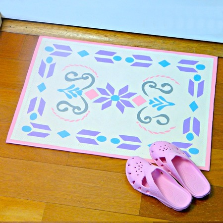 """Frozen"" Inspired Floor Mat"