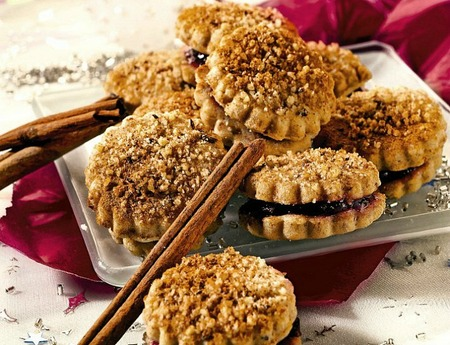 Jam and nut cookies recipe