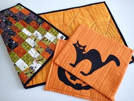 Scrappy reversible Halloween table mats
