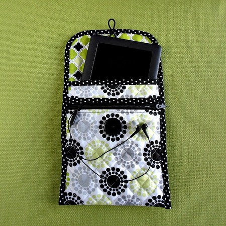 Sew a Quilted Tablet Cover With Zippered Pocket