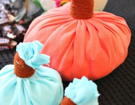 How to make a pumpkin home decor out of old t-shirts