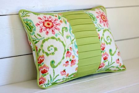 Color block pillow with a twist
