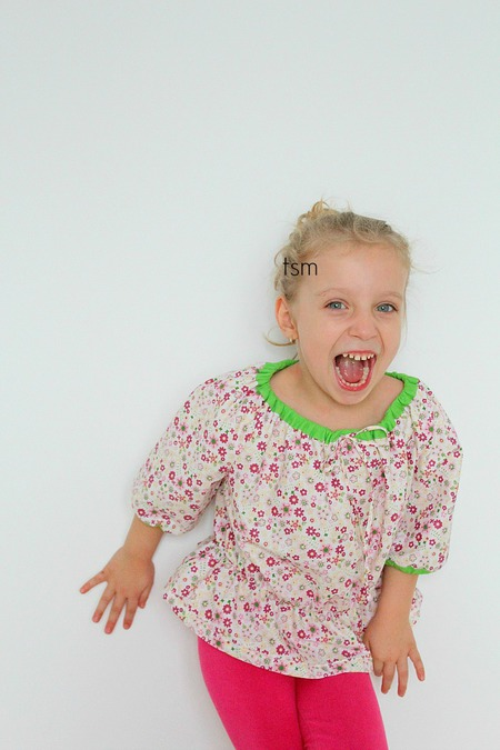 Girls peasant top free sewing pattern