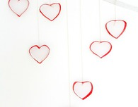 DIY Valentine's Day heart wall decorations