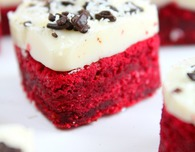 Valentine's Day mini red velvet LOVE cakes
