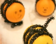 DIY Bees out of Kinder eggs