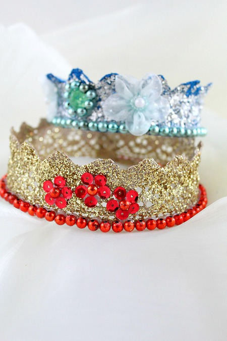 DIY lace crowns tutorial
