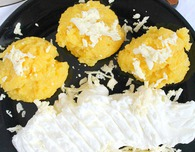 Polenta sour cream cheese breakfast