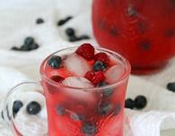 Raspberry blueberry lemonade