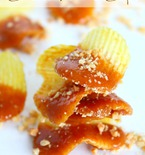 Caramel potato chips snacks