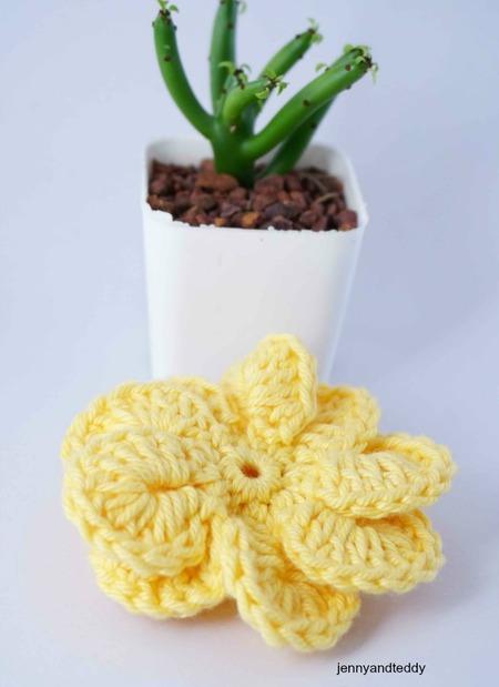 easy pinwheel crochet flower free pattern