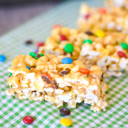 No Bake Peanut Butter Popcorn Bars