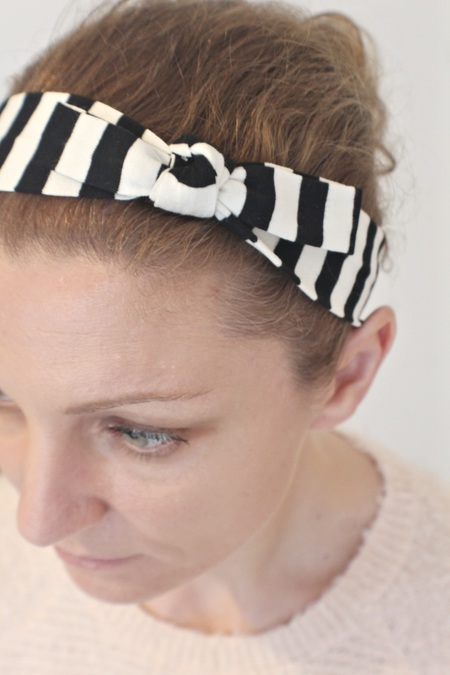 KNOTTED BOW HEADBAND