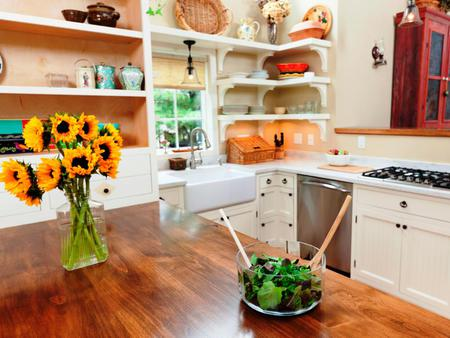 5 Creative DIYs to Add to Your Just Redesigned Kitchen