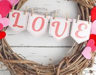 DIY Valentine Wreath