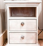NIGHTSTAND MAKEOVER