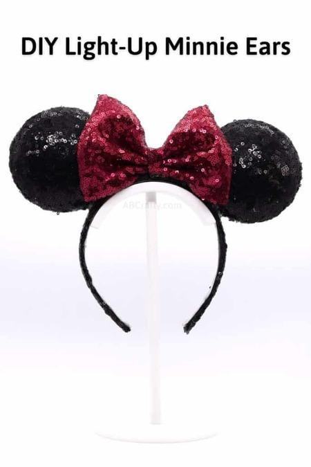 DIY Light Up Minnie Mouse Ears