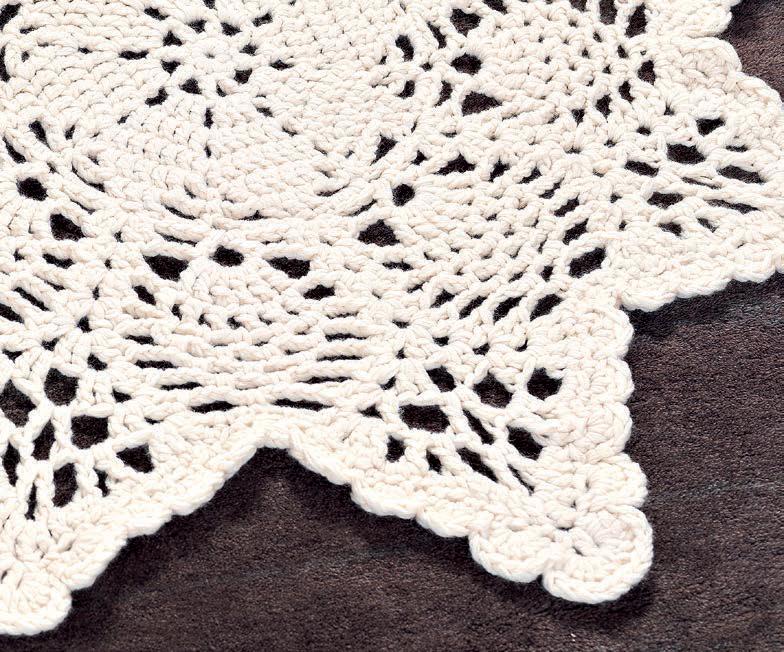 Chunky Doily Rug - Free Crochet Pattern - Craftfoxes