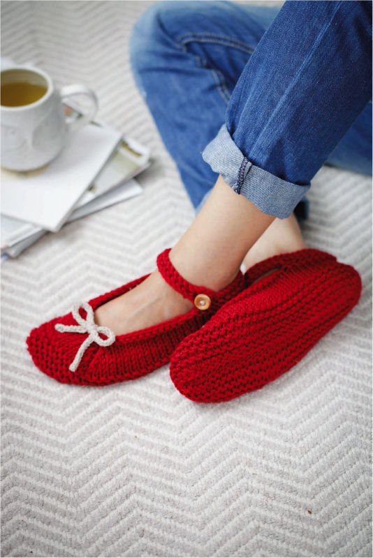 Knitted Ballerina Slippers (Free Pattern) - Craftfoxes