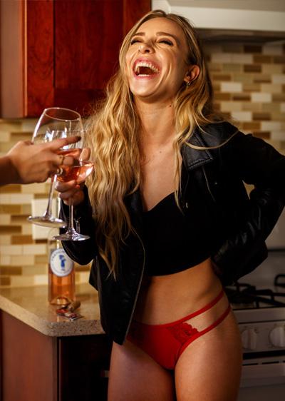 bachelorette_lingerie_gift_red