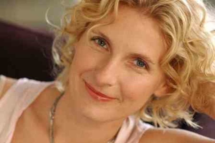 Elizabeth Gilbert on Nurturing Creativity (Video)
