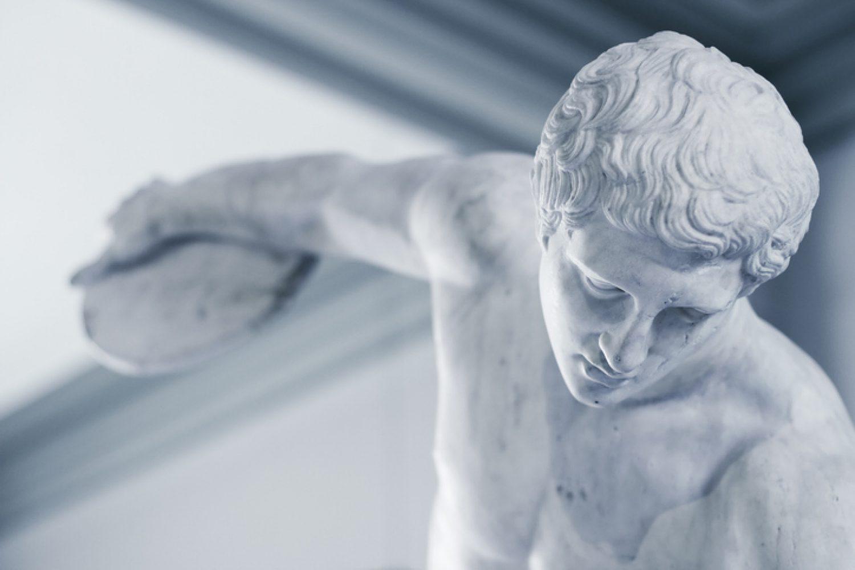 "A Voice Of Wisdom In Creativity Quarrel: ""Mastery"" by Robert Greene"