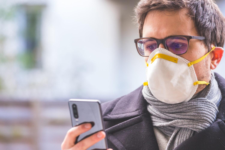 Coronavirus 'Infodemic': Fear Causes Misinformation Spread, More Rigid Thinking