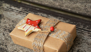Eco-friendly Gift Wrap