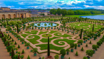 Famous Gardens Around The World