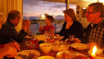 Family Dining Etiquette