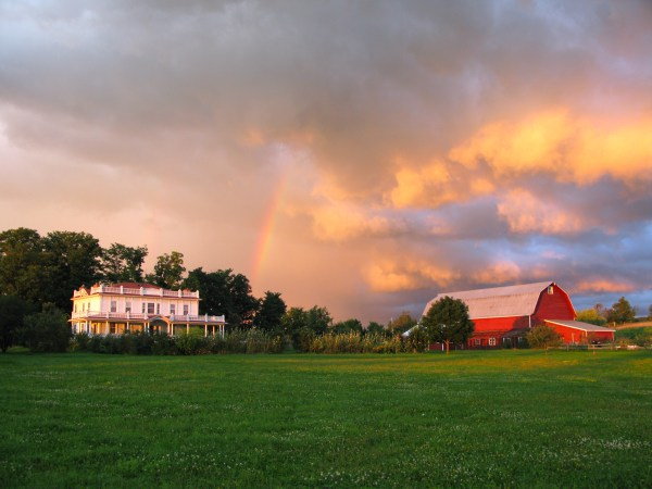 beekman 1802 farm sunset