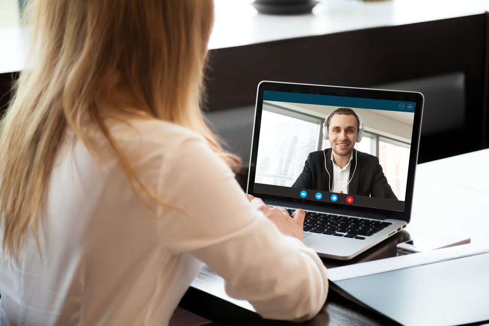 how to manage your remote team managing a virtual team