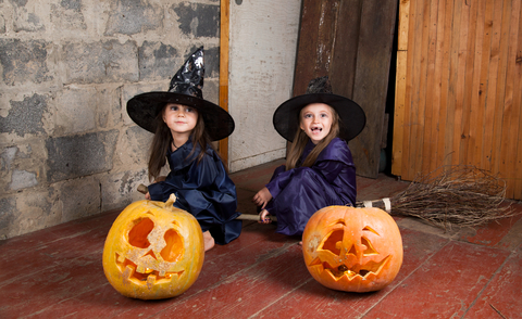 Witches-and-Pumpkins