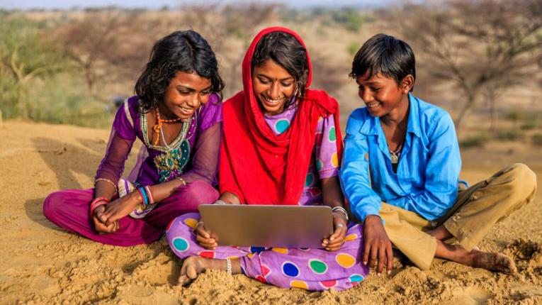 IBM lança um pragrama de blockchain gratuito para estudantes na Índia