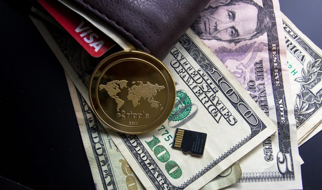 Transação irregular leva Binance a suspender seus serviços de negociação de criptomoedas