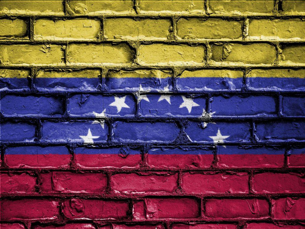 Venezuela: afetada pela inflação, volume de negociação de Bitcoin registra crescimento recorde