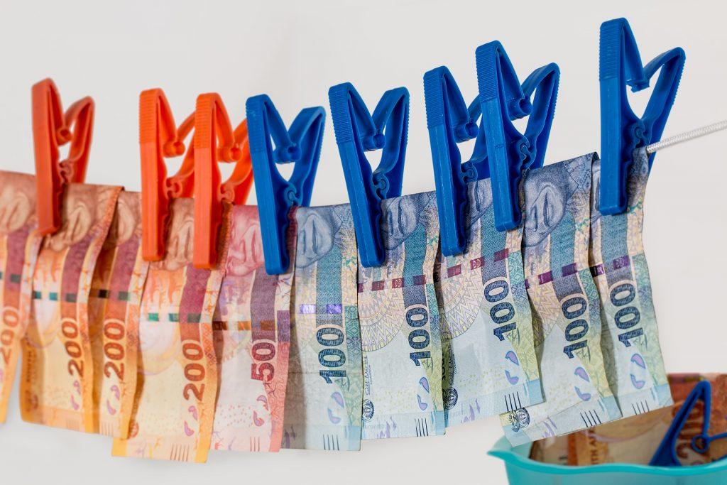 Bolsa de criptomoedas Binance aumenta medidas de segurança para combater lavagem de dinheiro