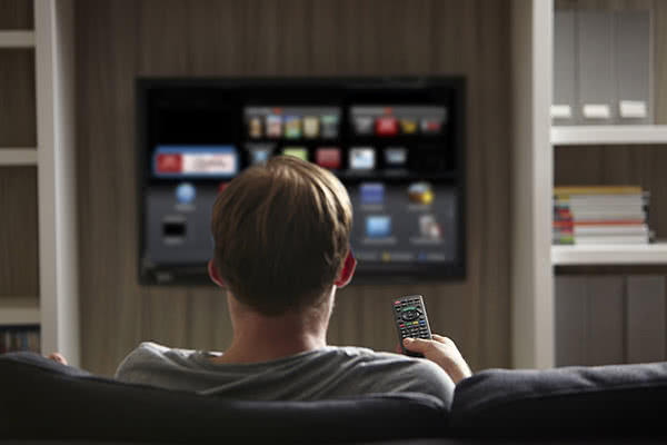 Tips for Saving Money on Internet, TV and Cell Phone Bills