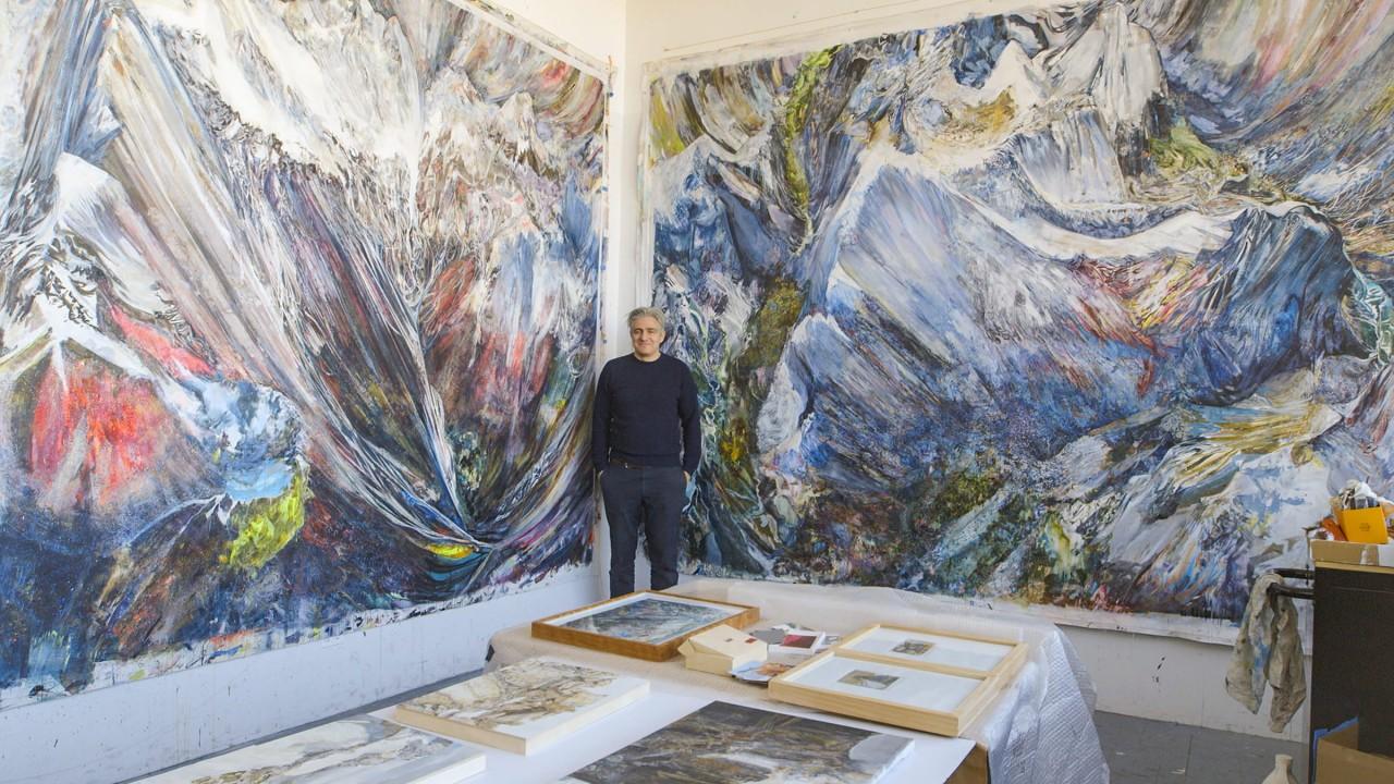 Riccardo Vecchio Paints Certain Women