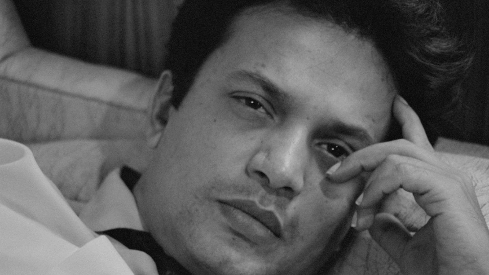 The Money Pit: Uttam Kumar in The Hero