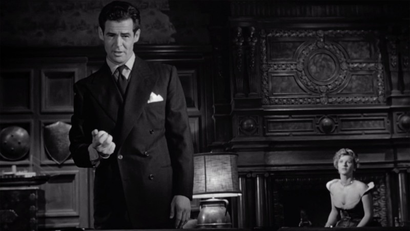 Gilded Cage: Robert Ryan in Caught