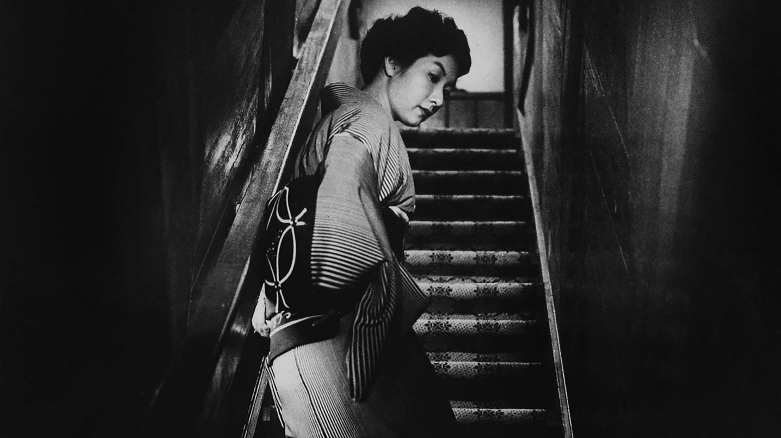 Step by Step: Hideko Takamine in When a Woman Ascends the Stairs