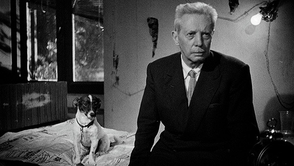 Seeing Clearly Through Tears: On the Smart Sentiment of Umberto D.